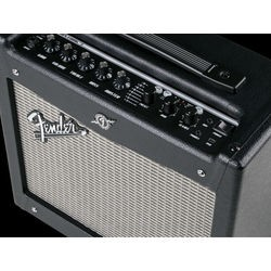 Ampli per chitarra Fender...